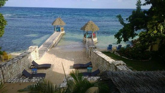 Hermosa Cove - Jamaica's Villa Hotel : Beach front
