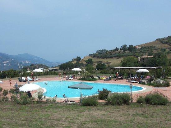 San Piero Patti, Olaszország: la piscina