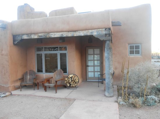 Ojo Caliente Mineral Springs Resort and Spa: patio of our pueblo suite - ADA compliant