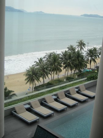 Sheraton Nha Trang Hotel and Spa: View from pool