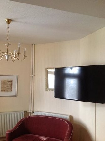 Grand Hotel Sonnenbichl: Flat TV
