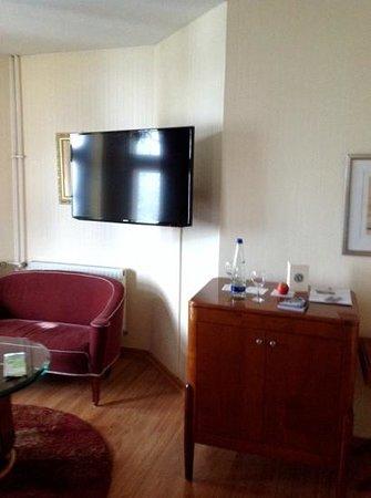 Grand Hotel Sonnenbichl: TV