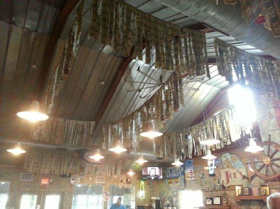 Hamburger Joe's: Money hanging from the ceilings
