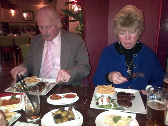 Istanbul Grill: tucking into the beautiful food