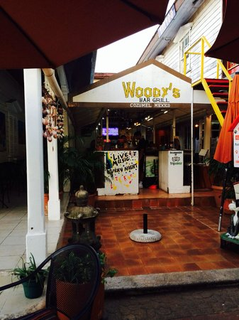 Woodys Bar and Grill: Woody's  Bar Grill COZUMEL
