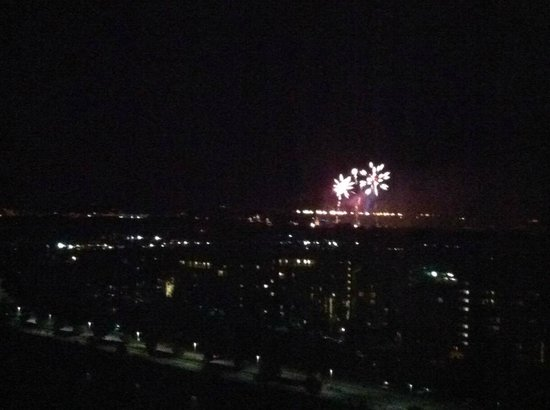 Hilton Orlando Bonnet Creek: Fireworks from hotel room