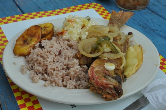 Seaside Paradise Restaurant: The Best Authentic Carribean Fare!