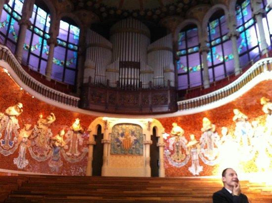 Palau de la Música Orfeó Català: o palco e o órgao