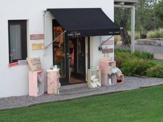 Casa Chic: Gift shop