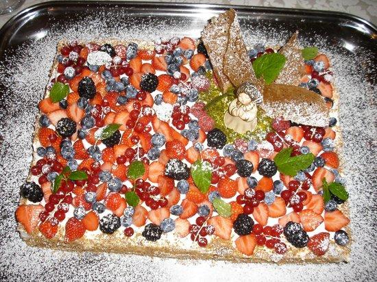 Loro & Co: torta battesimo 2009