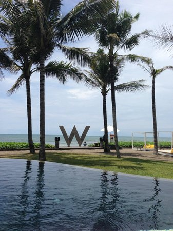 W Bali - Seminyak: View of the beach from the pool