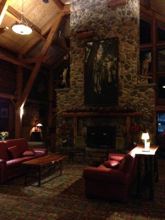 Hope Lake Lodge & Conference Center: Near the dining area.