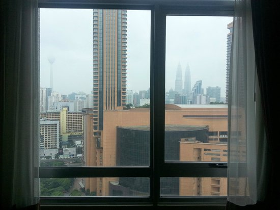 Furama Bukit Bintang : Window View