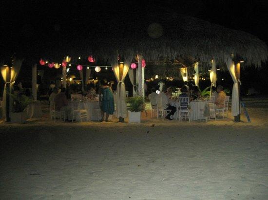 Beaches Negril Resort & Spa : Wedding set up