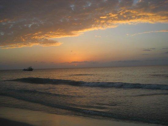 Beaches Negril Resort & Spa : Beautiful sunsets
