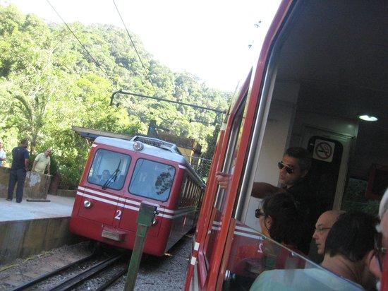 Statue du Christ Rédempteur : Trem do Corcovado
