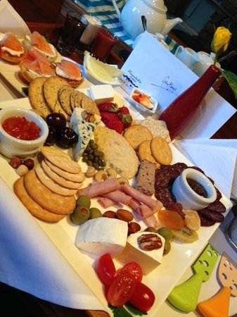 Remarkables Mountain Lodge: A Remarkables Canapes platter