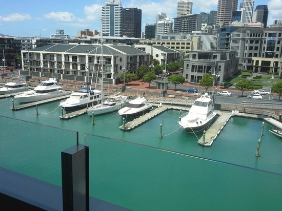 Sofitel Auckland Viaduct Harbour: View from 609