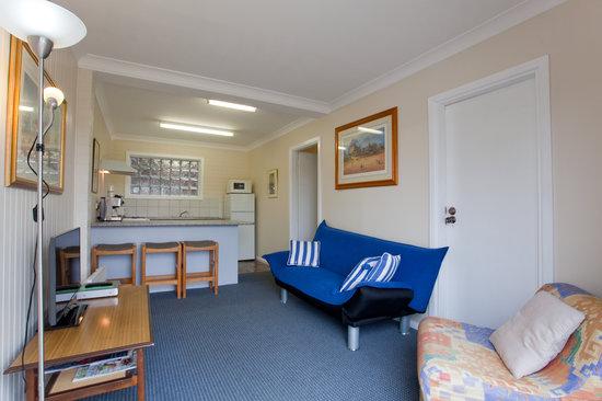 Wanderer's Retreat: Unit 2 lounge and kitchen