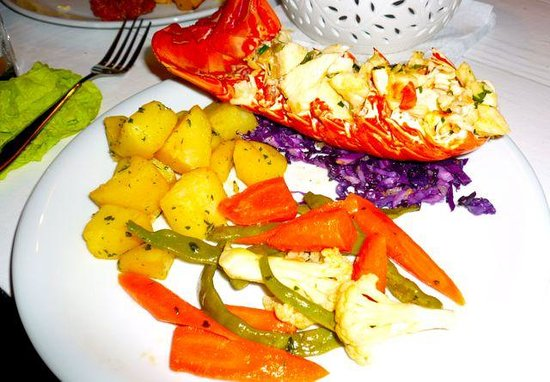Lazy Turtle Pizzeria & Bar: Lobster in lime butter - mmmm