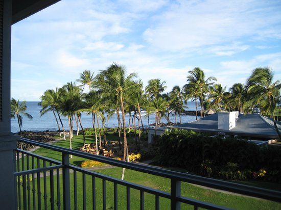 Fairmont Orchid, Hawaii: The view from our 4th floor lanai