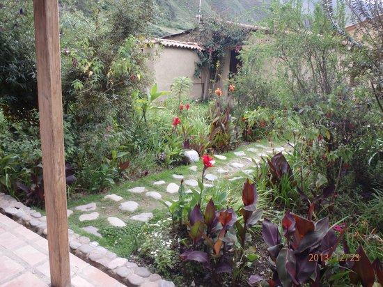 El Albergue Ollantaytambo: Outside our room door...