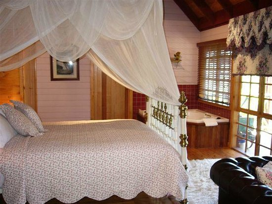 Observatory Cottages Luxury Hosted Accommodation: Sweet Owls Croft