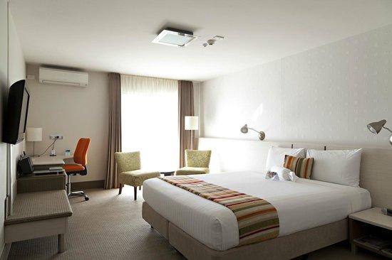 Jet Park Hotel & Conference Centre