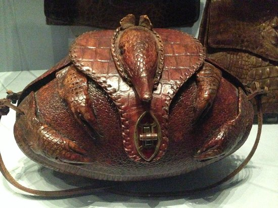 Museum of Bags and Purses : yea...