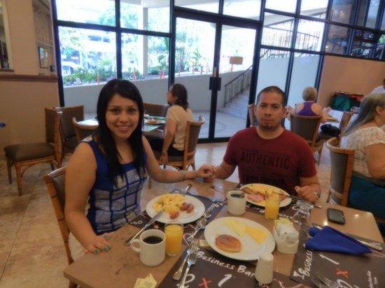 Plaza Paitilla Inn: Desayuno