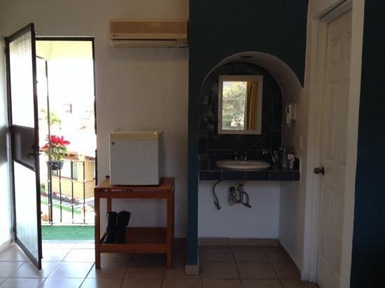 Hotel Villas Colibri: habitación con refrigerador,secadora de pelo, aire acondicionado