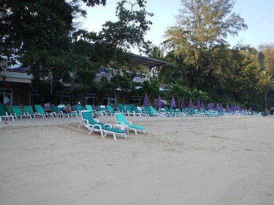 Tri Trang Beach Resort: Пляж