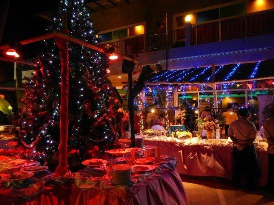 Tri Trang Beach Resort: Празднование рождества!