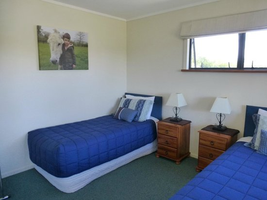 Cottages on St. Andrews & Lodge On St Georges: Another twin room in a 2 bedroom cottage