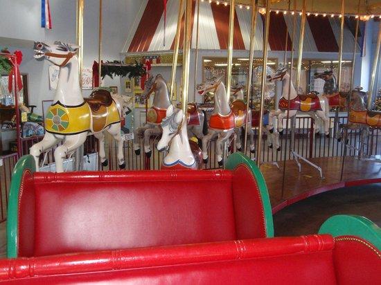 C.W. Parker Carousel Museum: 1913 carousel