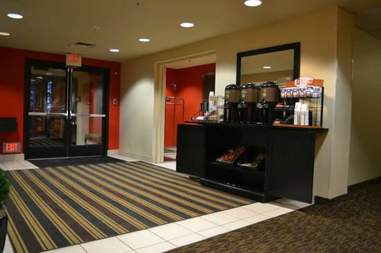 Extended Stay America - Seattle - Bellevue - Downtown: 朝食(無料)