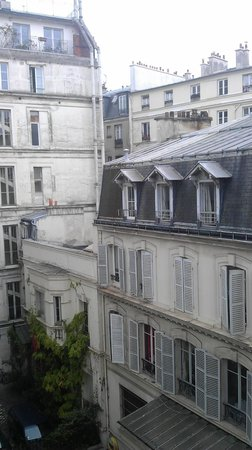 Le Grey Hotel: That was my view from the room