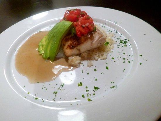 Los Corazones Restaurant: Fish of the day, Mahi Mahi with salsa mexicana and cilantro seed salsa.
