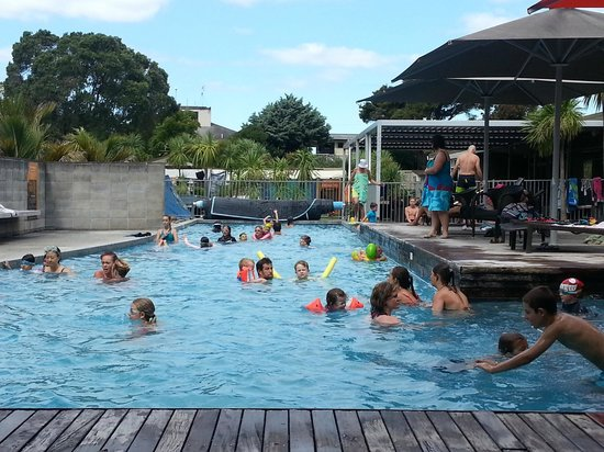 Waihi Beach Top 10 Holiday Resort: Nice big pool with spa pool and kiddies pool