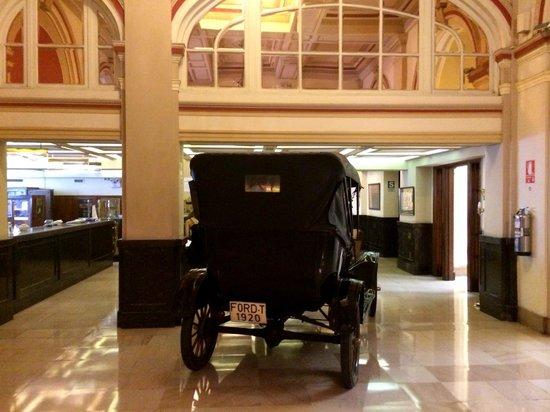 Gran Hotel Bolivar : Lobby