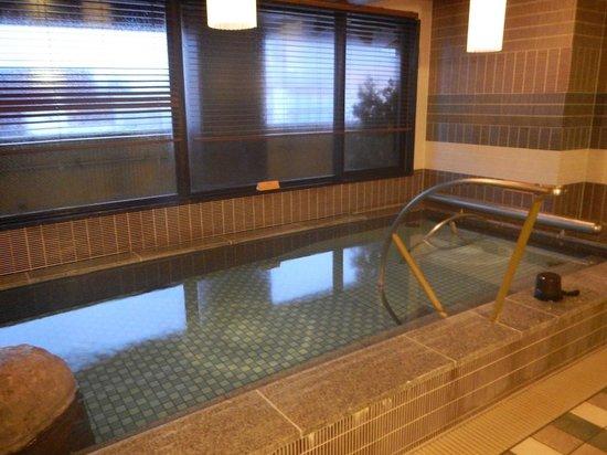 Dormy Inn Premium Kyoto Ekimae : The indoor heated pool