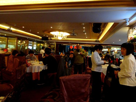 Cosmos Hotel Taipei: Breakfast