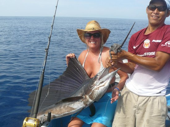 Tesoro Ixtapa: My first Salefish!