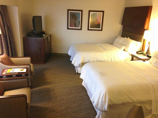 The Westin Seattle: comfy beds.