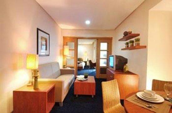 Greenhills Elan Hotel Modern: PRESIDENTIAL  TWO BEDROOM SUITE