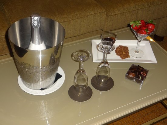 Sofitel Sydney Wentworth: welcome refreshments