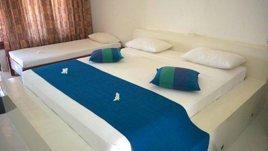 Kalla Bongo Lake Resort: The room