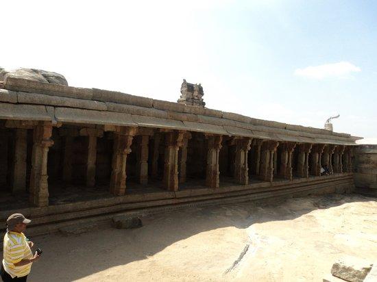 Lepakshi: out side temple