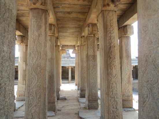 Lepakshi: inside temple