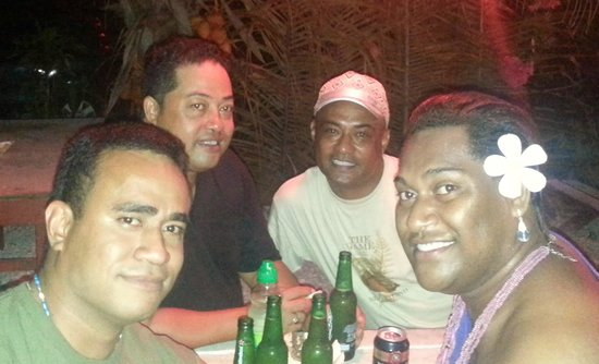 Crusher Bar: friends from FIJI enjoying a nite out at Crushers
